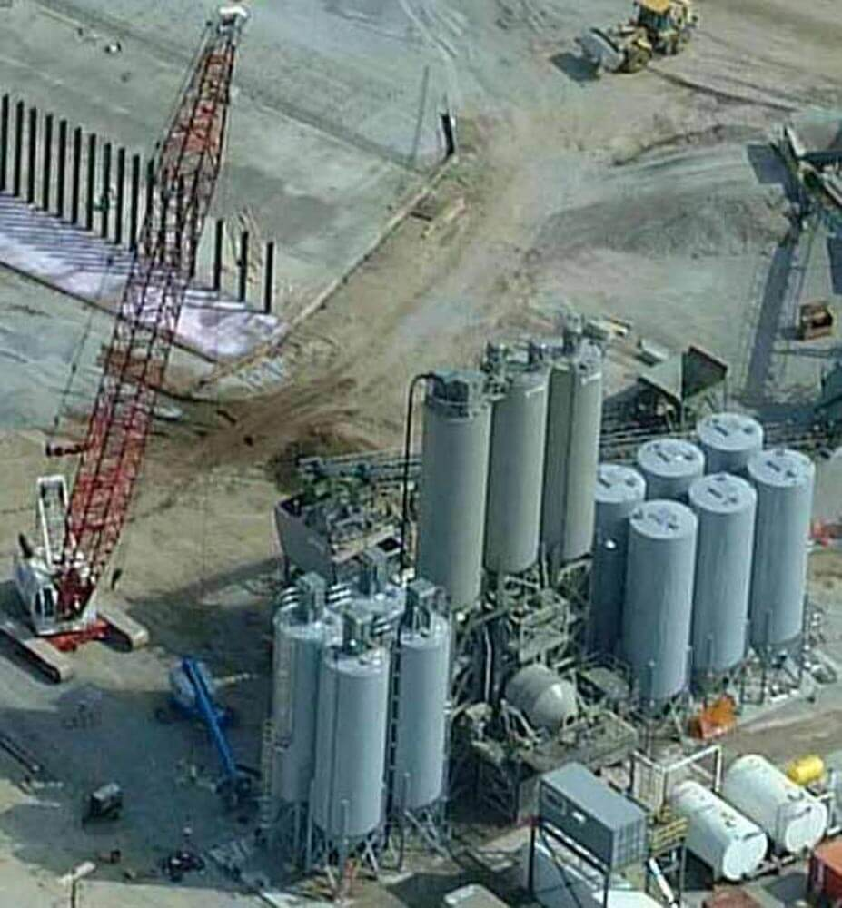 Silos with Dust Collection